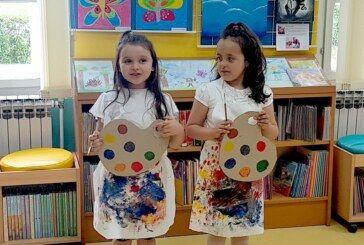 """U bjelovarskoj Dječjoj knjižnici otvorena izložba """"Umjetnik- to sam ja"""""""