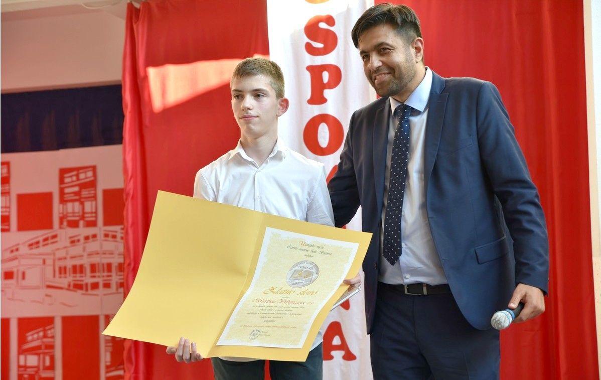 IV. osnovna škola Bjelovar proslavila 45. rođendan monografijom