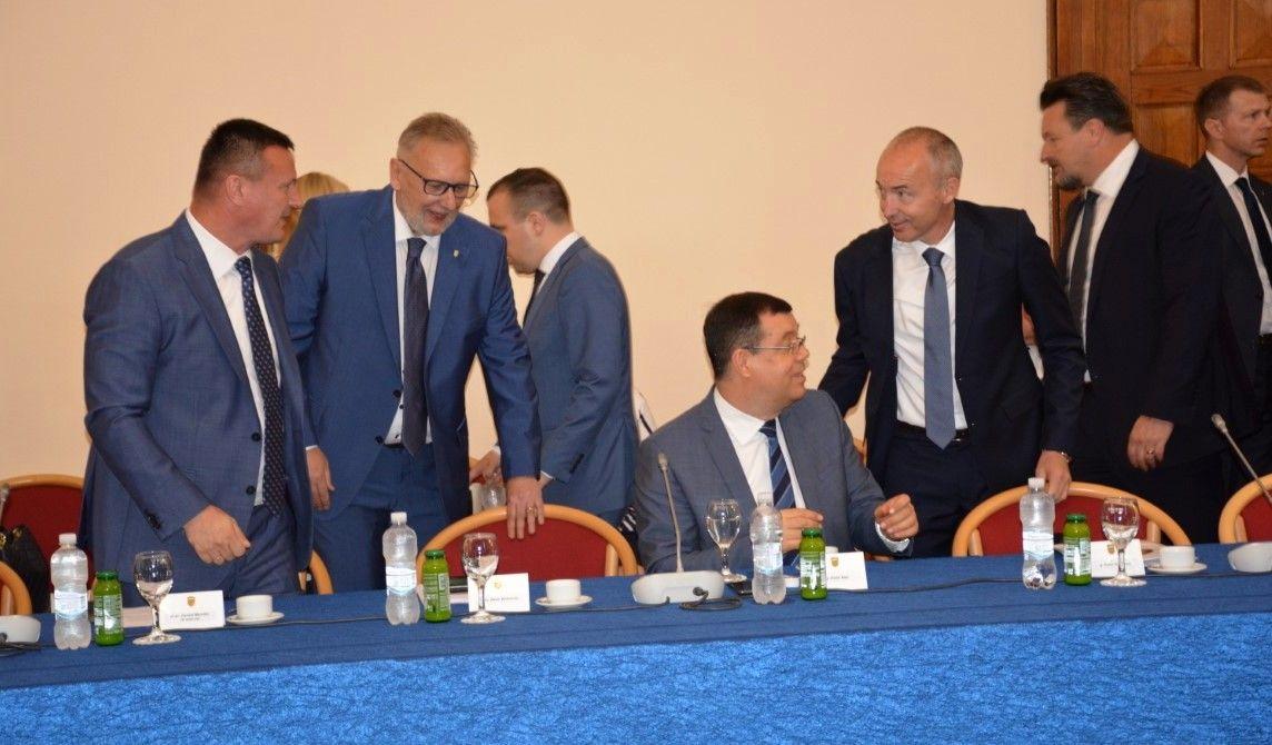Župan Bajs uputio poziv predsjedniku Vlade RH Andreju Plenkoviću za održavanje sjednice Vlade u našoj županiji