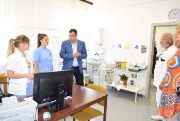 Projekti energetske obnove u našoj županiji se samo nižu: Župan obišao Dom zdravlja i osnovnu školu u Grubišnom Polju