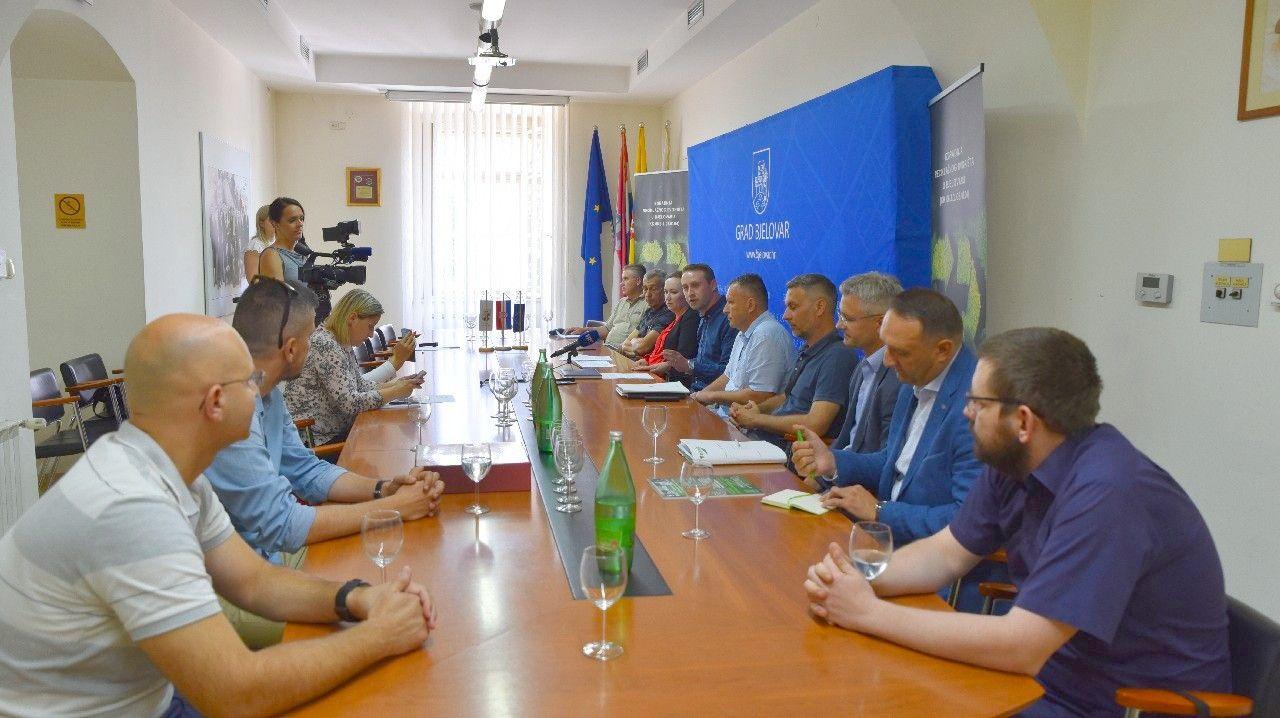 2019_bjelovar_info_reciklaznod_dvoriste_2