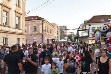 Dan zajedništva, ponosa i sreće u Bjelovaru: VATRENI U SRCU Bjelovarčana