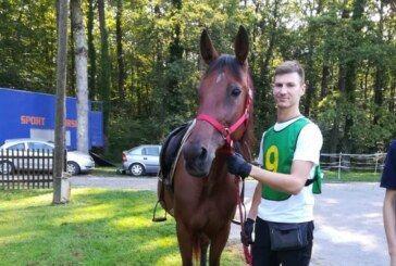Matija Krmek iz Konjičkog kluba Bjelovar POBIJEDIO u daljinskom jahanju