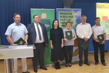 Jesenski bjelovarski sajam: Ministrica poljoprivrede prisustvovala potpisivanju ugovora s četiri Središnja saveza hrvatskih uzgajivača