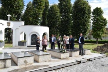 Obnova spomenika žrtvama Domovinskog rata u Ivanovom Selu: Župan Bajs i gradonačelnik Mađeruh potpisali ugovor