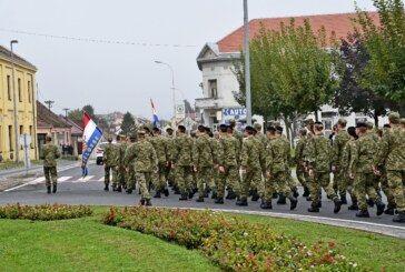 BJELOVAR: Ponosan i jedinstven MIMOHOD POBJEDNIKA povodom Dana grada i Dana bjelovarskih branitelja