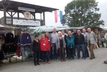 Rukotvorine iz radionica ratnih veterana predstavljene na Jesenskom bjelovarskom sajmu
