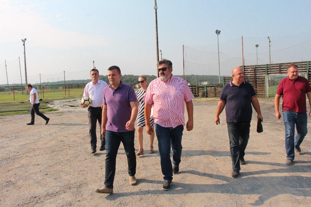 Gradonačelnik Hrebak u obilasku gradilišta na područja grada: Želimo dokazati da gradilišta postoje