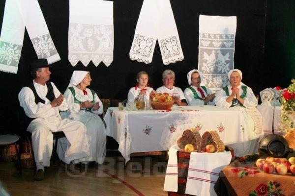FOTO U Velikom Trojstvu održan 5. etno festival 'Bilogoro, u srcu te nosim'