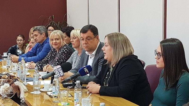 2019-10-pomocnik-u-nastavi-15