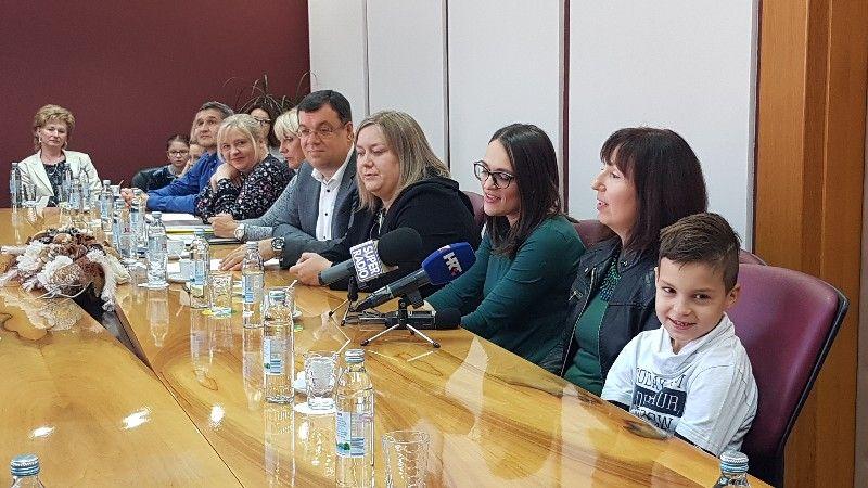2019-10-pomocnik-u-nastavi-16