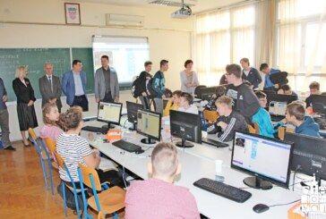 Ulaganje u obrazovanje prioritet je Županije: Župan posjetio Centre izvrsnosti koji iznjedruju sve bolje rezultate učenika na državnim natjecanjima