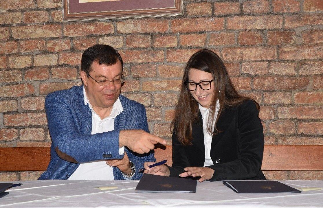 Župan Bajs potpisao ugovore o dodjeli financijske potpore za 11 turističkih manifestacija na području Županije