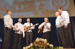 "(FOTO) Na dvosatnom koncertu ""GOLUB I PRIJATELJI"" uživala bjelovarska publika"