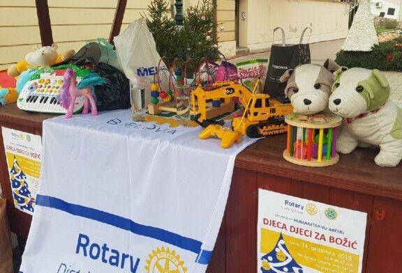 Humanitarna akcija Rotary kluba Bjelovar na bjelovarskom korzu: Prikupljaju se donacije