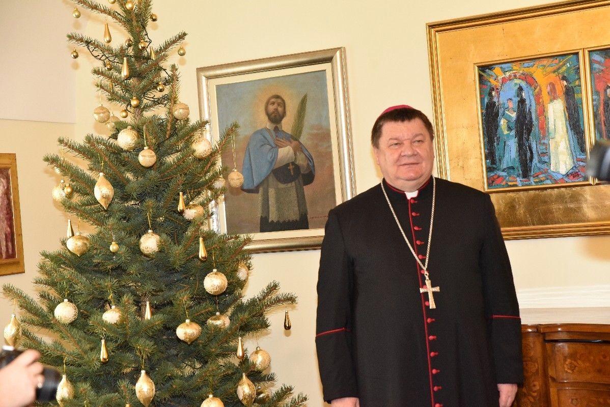 Božićna poruka biskupa Bjelovarsko-križevačke biskupije mons. Vjekoslava Huzjaka