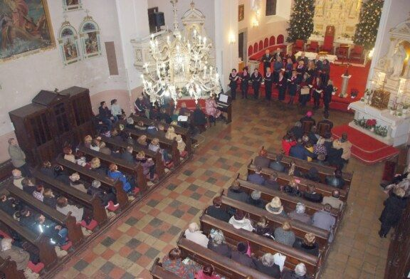 (FOTO) Održan tradicionalni Božićni koncert HORKUD-a Golub u Katedrali sv. Terezije Avilske