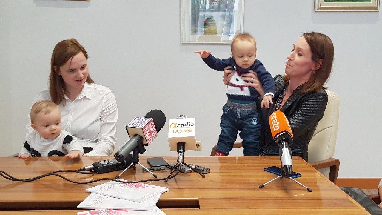 """Promocija dojenja i majčinstva: Predstavljena brošura """"Ljepota majčinstva 2019"""""""