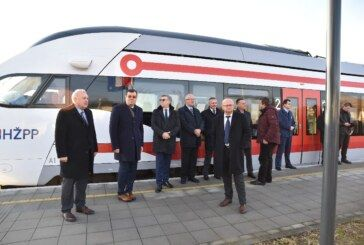 (FOTO) Svečano otvorena novoizgrađena pruga Gradec – Sveti Ivan Žabno: Putovanje od Bjelovara do Zagreba trajat će oko jedan sat