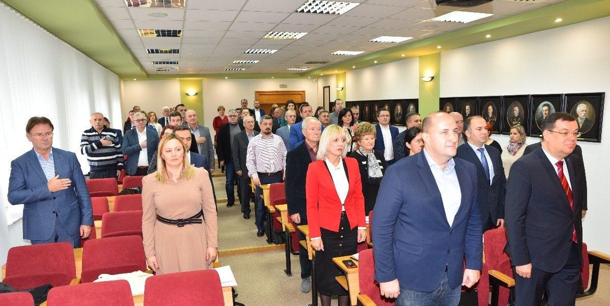 Brojna pitanja na Aktualnom satu Županijske skupštine: Besplatni prijevoz vlakom, Bjelovarski sajam, Daruvarske toplice i tako redom....