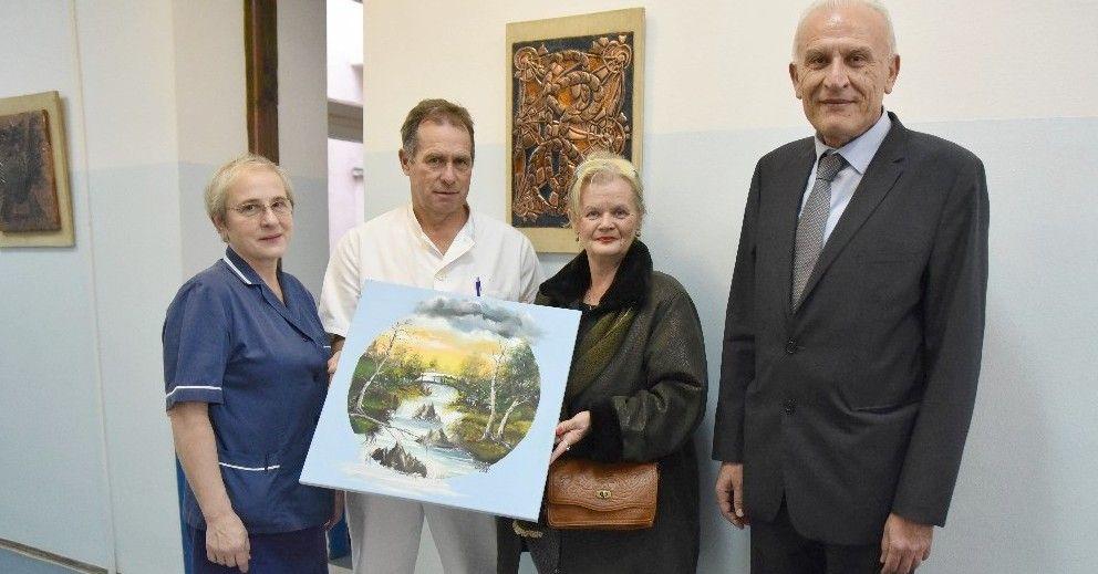 Umjetnica Anđela Papić donirala slike Odjelu oftalmologije OB Bjelovar - bjelovar.info