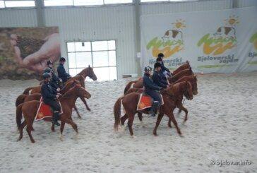 ZIMSKA ŠKOLA JAHANJA na Bjelovarskom sajmu okupila preko 70 jahača