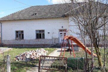 Grad Bjelovar nastavlja s obnovom školskih zgrada: Krenula obnova Područne škole u Kokincu