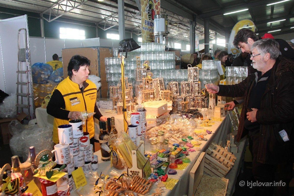 Još danas traje najslađi vikend u godini: Međunarodni pčelarski sajam