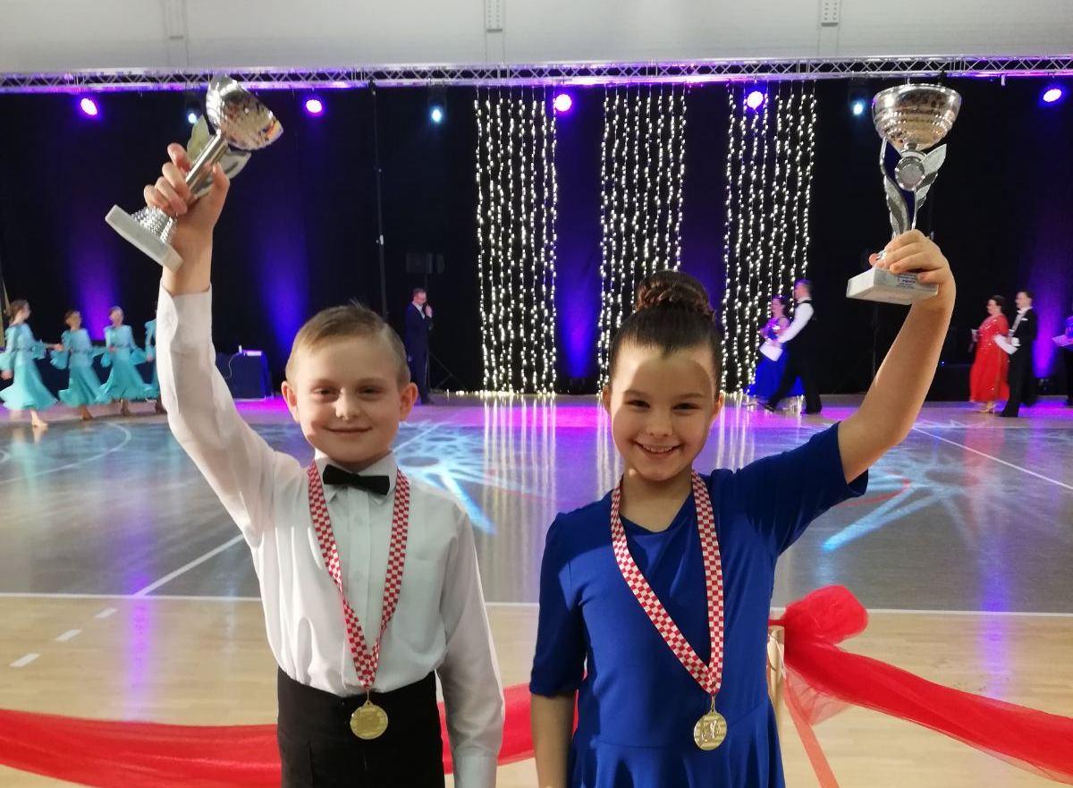 Bjelovarski plesni klub ŠPK ''H-8'' pravi je primjer kako se stvaraju državni prvaci: Borna i Petra državni prvaci