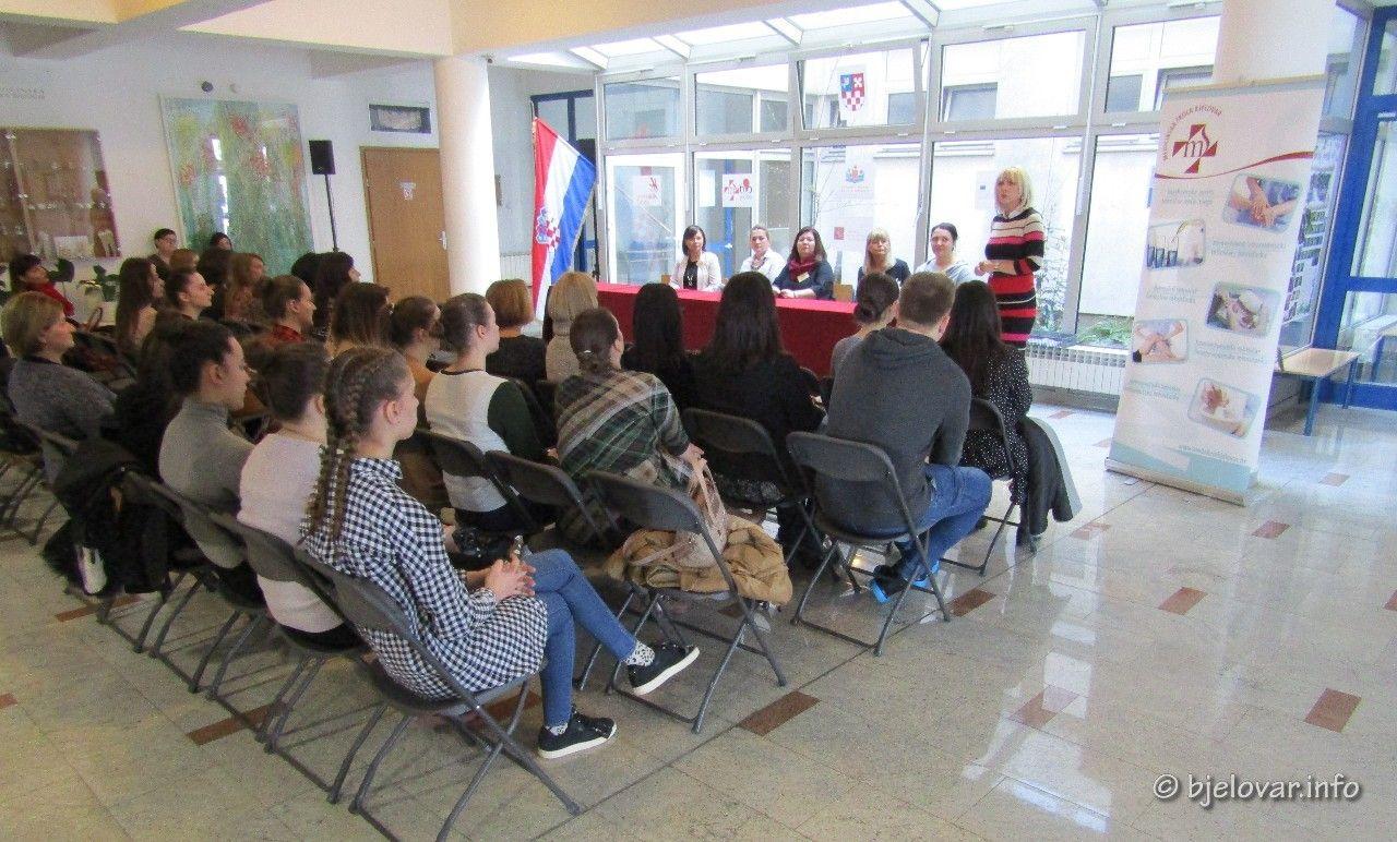 U Medicinskoj školi Bjelovar održano međužupanijsko natjecanje u disciplinizdravstvena njega
