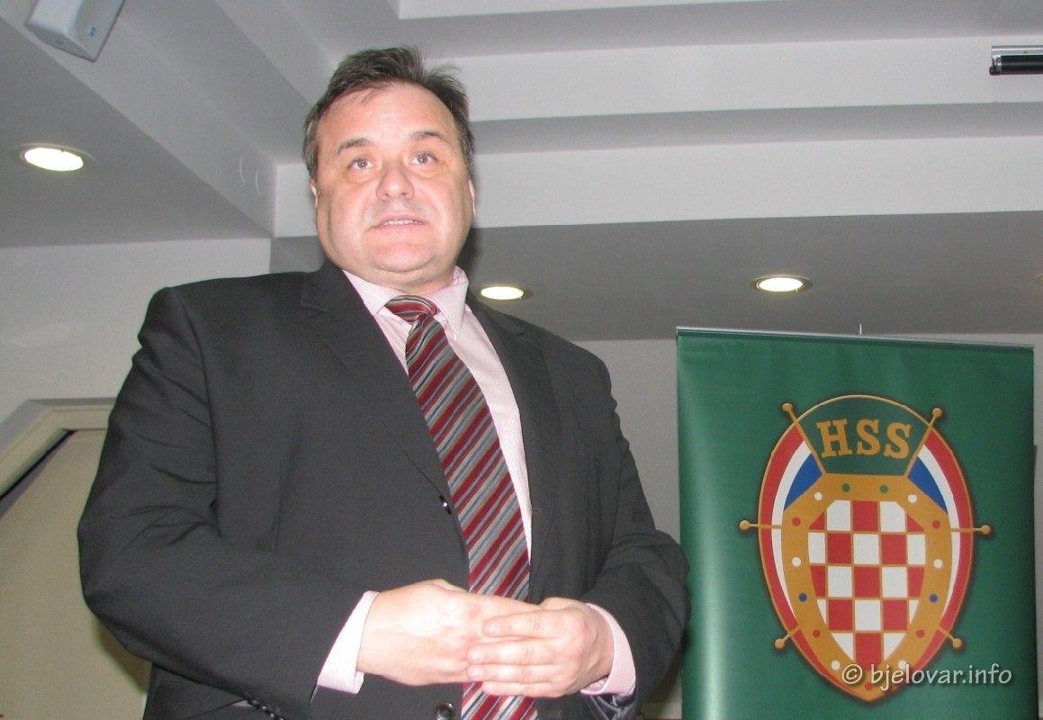 Priopćenje gradonačelnika Dinka Piraka: Gradska organizacija HSS-a Čazma napušta HSS Kreše Beljaka