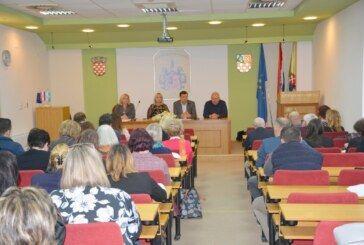 ŽUPANIJA: Sastanak župana Damira Bajsa s ravnateljima osnovnih i srednjih škola vezano za koronavirus