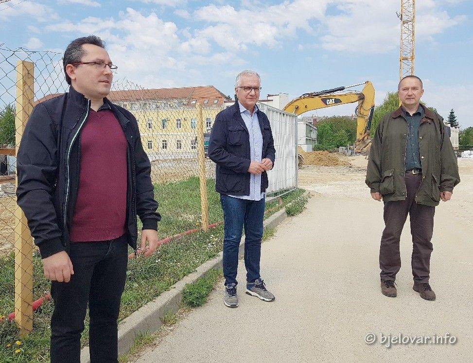 Bjelovar: SDP o aktualnim temama - zdravlju i gospodarstvu uz podršku potpredsjednika Rajka Ostojića