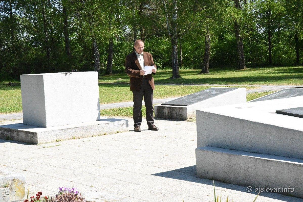 2020_4_29_gudovac_spomenik_105