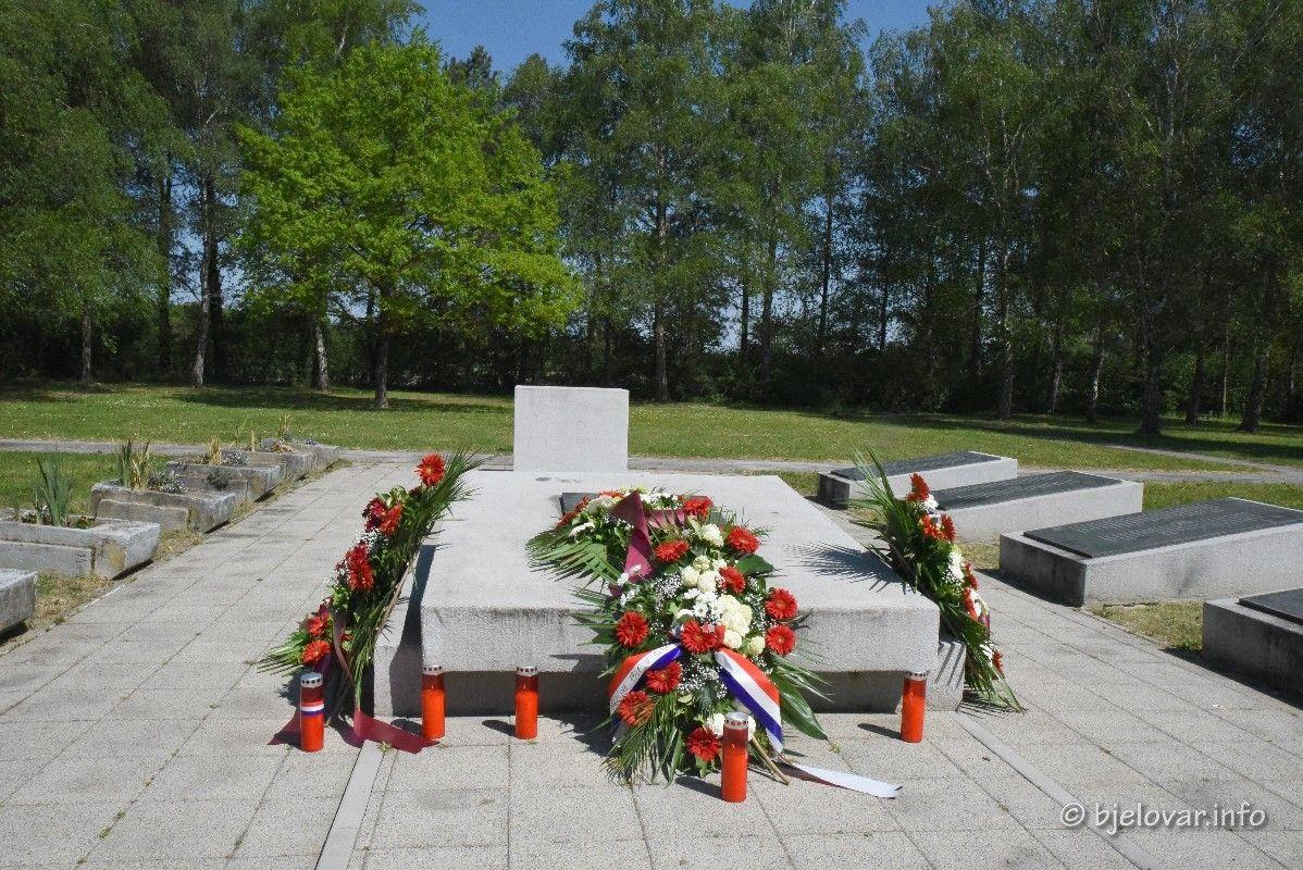 2020_4_29_gudovac_spomenik_184