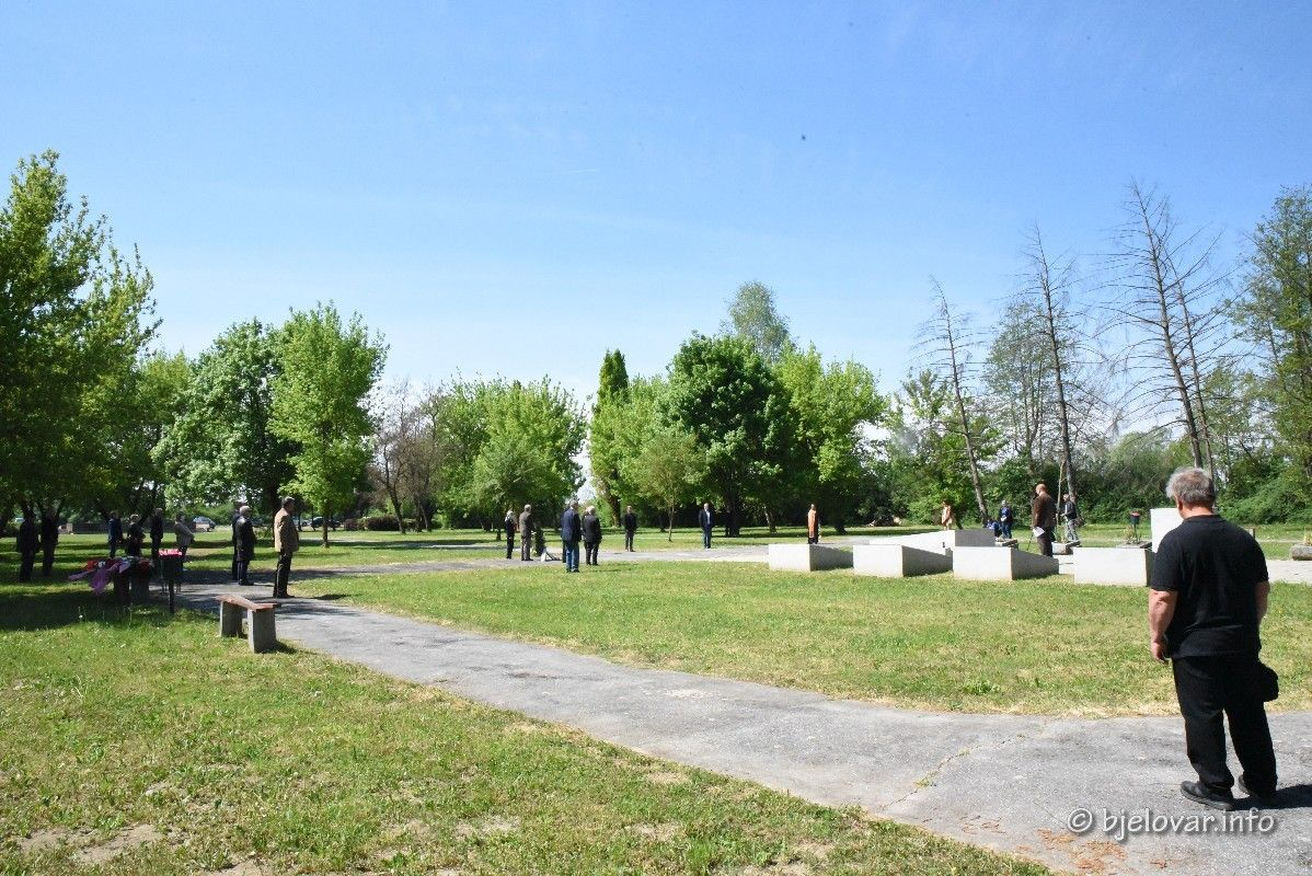2020_4_29_gudovac_spomenik_74