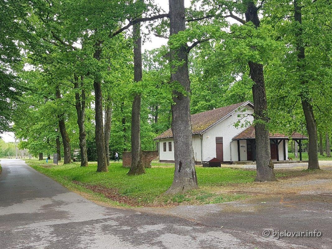 FOTO GALERIJA Započela obnova SPOMEN PODRUČJA BARUTANA - Novi spomenik - uređenje staze - obnova kapelice .....