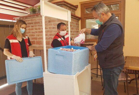 FOTO Bjelovarski obrtnici – ugostitelji pokrenuli HUMANITARNU AKCIJU – Spremaju obroke za potrebite