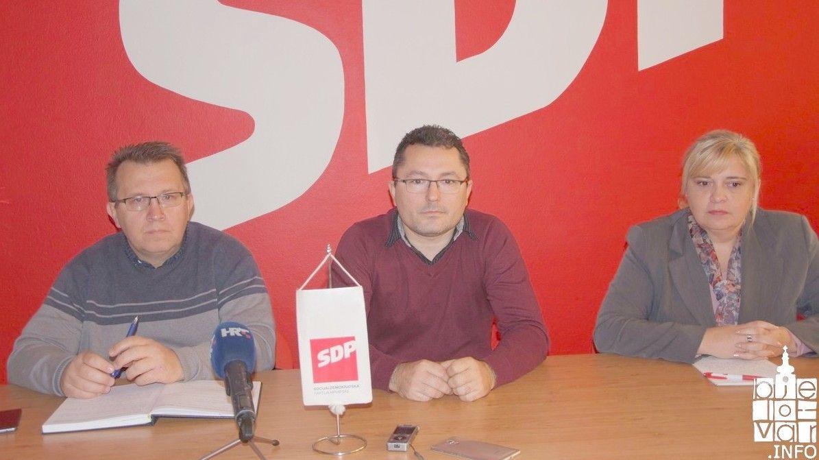 Bjelovarski SDP: NIJE VRIJEME ZA POLITIZIRANJE - ODREKNIMO se vijećnički naknada, naknada u Upravnim vijećima i Nadzornim odborima gradskih poduzeća Grada Bjelovara..
