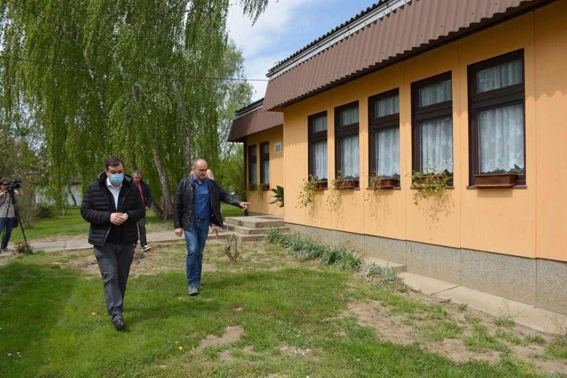 ŽUPANIJA - Kreće obnova i Područne škole u Blagorodovcu u općini Dežanovac - Potpisan ugovor s izvođačem radova