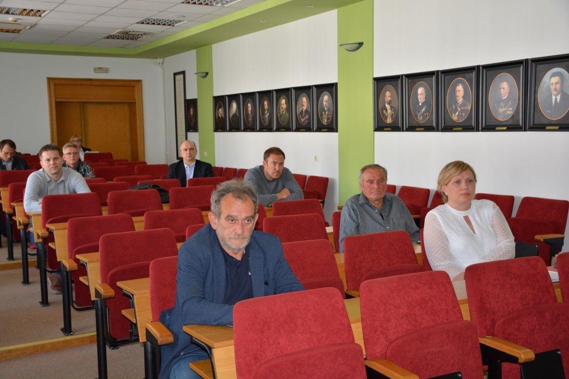 Župan Damir Bajs održao sastanak s poduzetnicima i obrtnicima iz građevinskog sektora