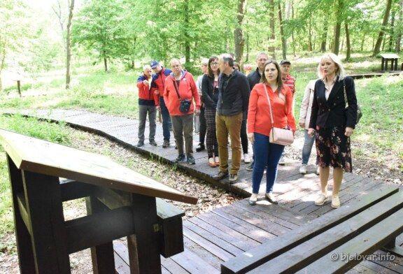 """Na Kamenitovcu otvorena poučna staza """"Bilogora"""" – projekt vrijedan 450 tisuća kuna – bjelovar.info"""