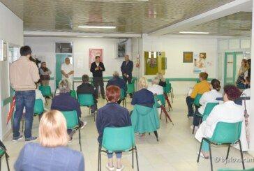 Župan Damir Bajs posjetio bjelovarsku bolnicu – čestitao MEDICINSKIM SESTRAMA I TEHNIČARIMA NJIHOV DAN