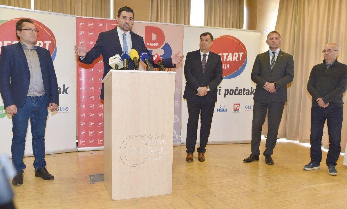 FOTO Davor Bernardić u Bjelovaru: Predstavljam pobjedničku RESTART koaliciju sa županom Damirom Bajsom