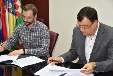 Župan Bajs potpisao NOVI SET UGOVORA s liječnicima i medicinskim osobljem