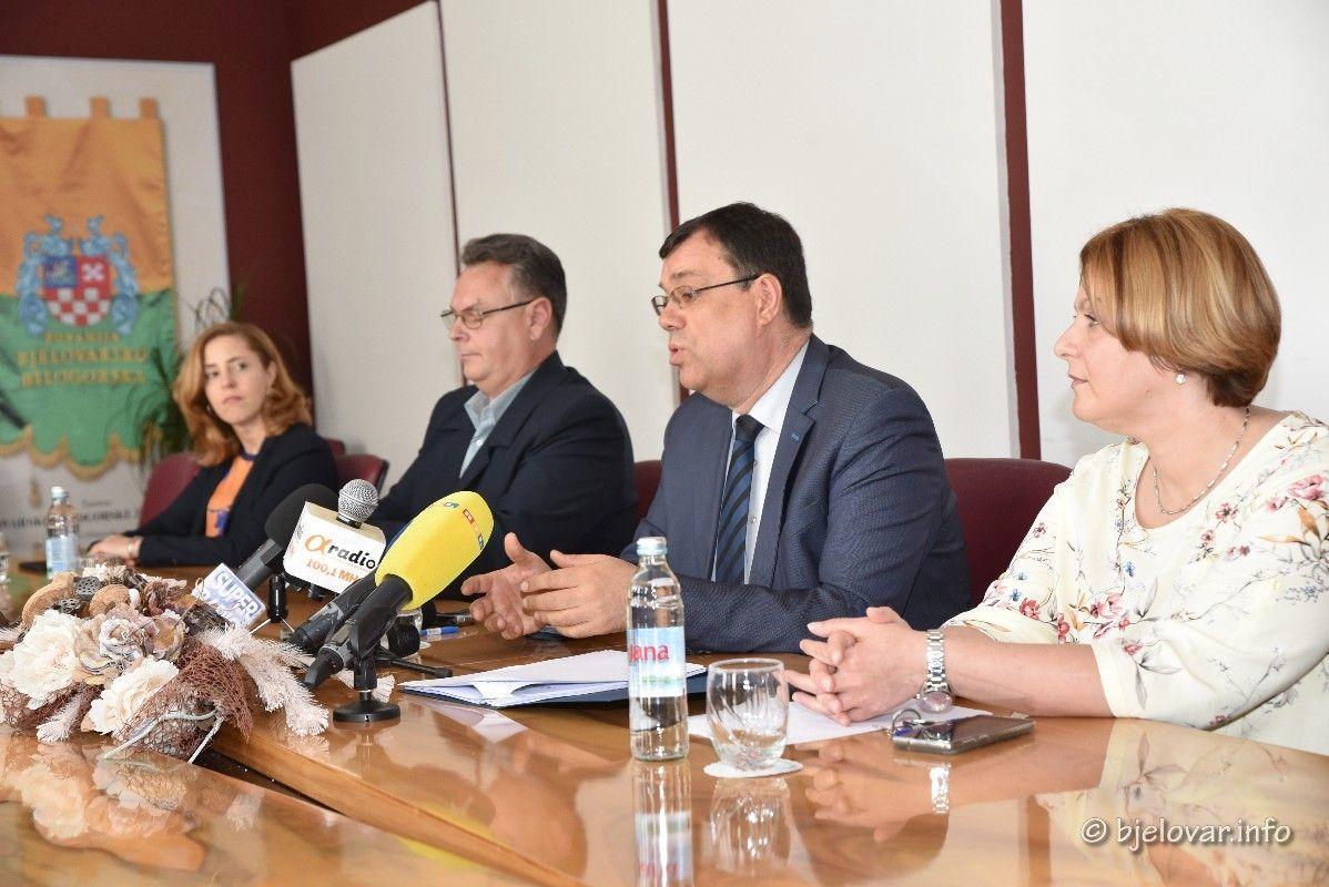 PREDIZBORNA NERVOZA obilježila napad na ŽUPANIJU - Odgovorio župan Damir Bajs