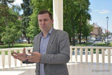 Hrebak o SDP-ovoj agoniji: Napad SDP-a je čisti atak jer pokazujemo rezultate – Gospodin Ostojić o politici pojma nema