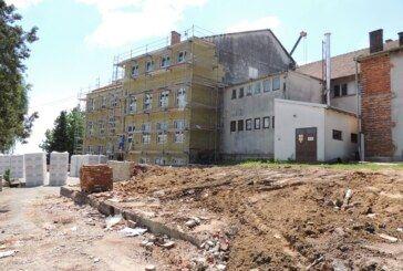 Župan Bajs obišao radove na obnovi Osnovne škole Ivanska – Projekt vrijedan 8 milijuna kuna