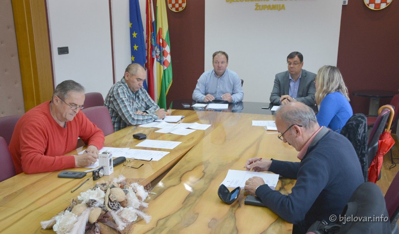 Nastavlja se dobra suradnja Županije s Koordinacijom vijeća i predstavnicima nacionalnih manjina - Održan sastanak