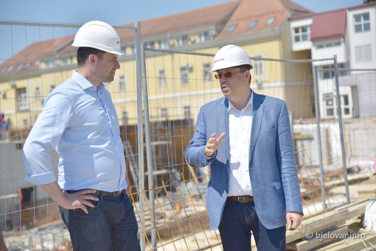 (FOTO) RESTART KOALICIJA U BJELOVARU: Hrvatskoj je potreban novi početak nakon protekle četiri godine